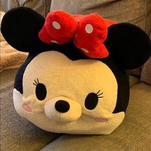 "Tsum Tsum Large 17"" Minnie Mouse"